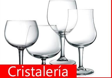 Todo en cristalería: vasos, copas, recipientes